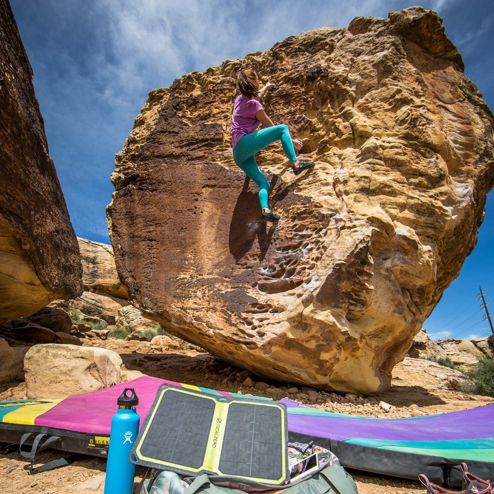 Nomad 7 Plus - Outdoors Rock Climber